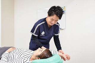 夜眠れない肩の痛み「夜間痛」とは?(神奈川区 大口・白楽)